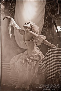 Emilie_Autumn_03.jpg